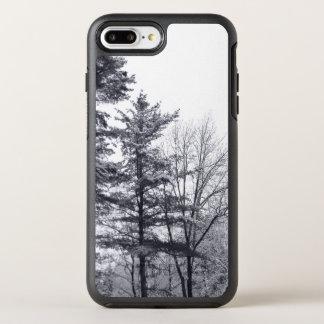 Winterliche schneebedeckte Bäume OtterBox Symmetry iPhone 8 Plus/7 Plus Hülle