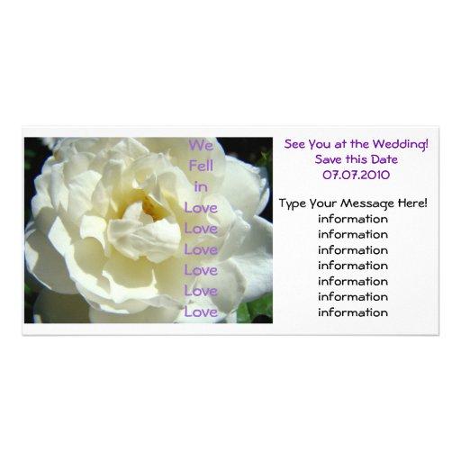 Wir fielen in Liebe sehen Sie an den Hochzeits-Kar Bilderkarte