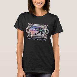 """""""Wir passen die Beobachter"""" vom gewundenen T-Shirt"""