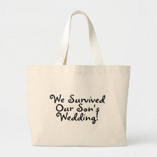 Wir überlebten unsere Wedding Söhne Jumbo Stoffbeutel