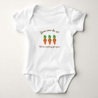 Wir wurzeln für Sie die lustigen Unisex Karotten Baby Strampler