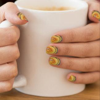 Wirbelnde Farben, Wirbelnde Farben Minx Nagelkunst