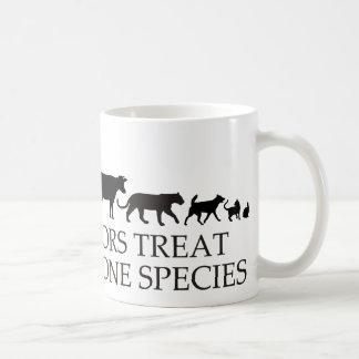 Wirkliche Doktoren (Tierärzte) Leckerei mehr als Tasse