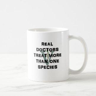 Wirkliche Doktoren Treat Mehr Als eine Art Kaffeetasse