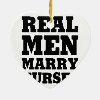 Wirkliche Männer heiraten Krankenschwestern Keramik Herz-Ornament