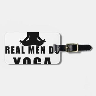 wirkliche Männer tun Yoga Kofferanhänger