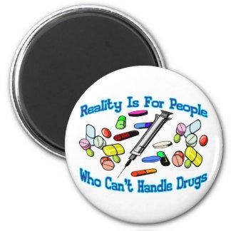 Wirklichkeit ist für Leute Runder Magnet 5,7 Cm