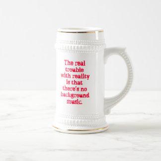 Wirklichkeits-Problem Stein Bierglas