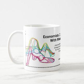 Wirtschaftswissenschaftler tun es mit der kaffeetasse