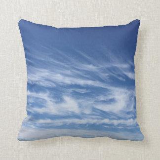 Wispy Wolken-Wurfs-Kissen Kissen