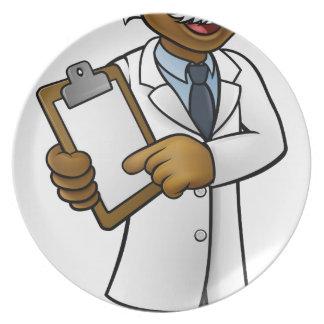 Wissenschaftler-Cartoon-Charakter, der ein Teller