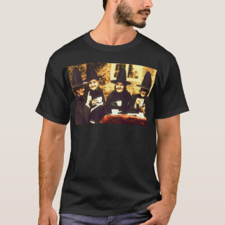 Witches Tea Party – colored T-Shirt
