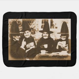 Witches Tea Party – sepia Babydecke
