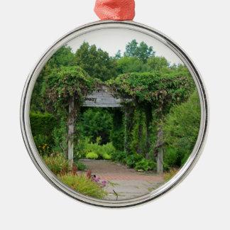 Wo Abfall der Blumenblätter Silbernes Ornament