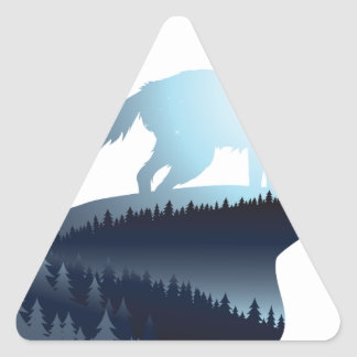 Wolf, der in der Nacht Forest1 2 heult Dreieckiger Aufkleber