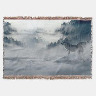 Wölfe in der Snowy-Winter-Landschaft Decke