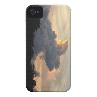 Wolken-Haifisch iPhone 4 Case-Mate Hülle