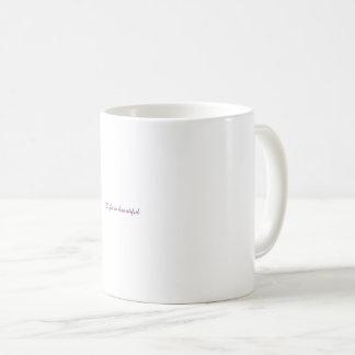 Wollen Sie, um heißes zu genießen, wie Winter sich Kaffeetasse