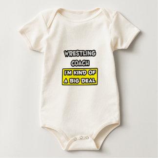 Wrestling-Trainer. Ich bin ein bisschen eine große Baby Strampler