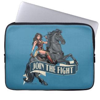 Wunder-Frau auf PferdeComic-Kunst Laptopschutzhülle