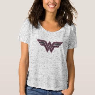 Wunder-Frauen-rosa und schwarzes T-Shirt