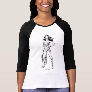 Wunder-Frauen-schwarze u. weiße Pose T-Shirt