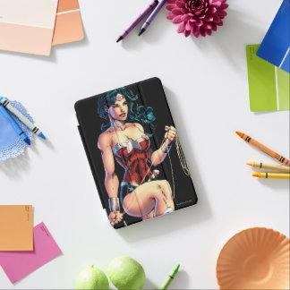Wunder-Frauergreifender Lasso auf Felsen iPad Mini Cover