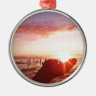 Wunderbarer und unglaublicher Sonnenuntergang in Silbernes Ornament