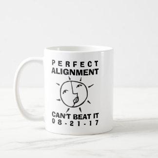 Wunderliche Eklipse-perfekte Ausrichtung Kaffeetasse