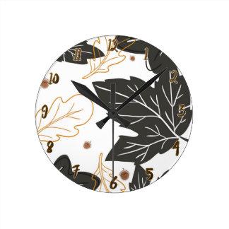 Wunderliche elegante Herbst-Herbstlaub-Eicheln Runde Wanduhr