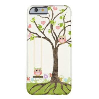 Wunderlicher niedlicher Eulen-Baum des Barely There iPhone 6 Hülle