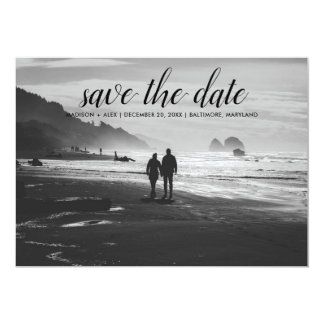 Wunderliches Save the Date Typografie-Paar-Foto Karte