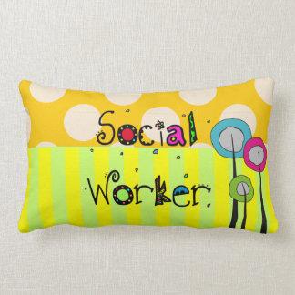 Wunderliches Sozialarbeiter-Kissen Zierkissen