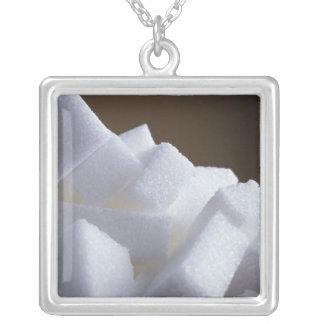 Würfel des raffinierten Zuckers für Gebrauch in Versilberte Kette