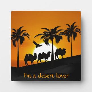 Wüsten-Kamele am Sonnenuntergang Fotoplatte