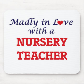 Wütend in der Liebe mit einem Kinderzimmer-Lehrer Mousepad