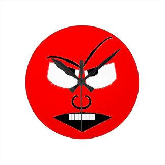 Wütendes Gesicht Runde Wanduhr