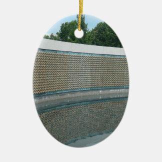 WWII Erinnerungsfreiheits-Wand im Washington DC Ovales Keramik Ornament