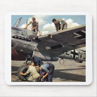 WWII Luftwaffe GrundCrew + ME-110 Mauspads