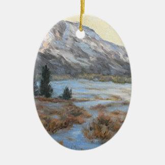 Wyoming-GebirgsKunst-Weihnachtsverzierung Ovales Keramik Ornament
