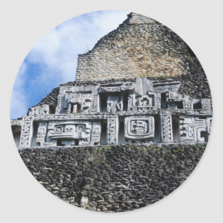 Xunantunich Mayaruine in Belize Runder Aufkleber