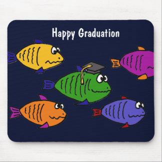 XX glückliche Abschluss-Schule der Fische Mousepad