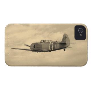 Yak 11 im Flug Case-Mate iPhone 4 Hüllen