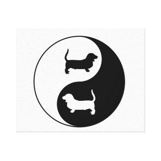 Yin und Yang Basset Hound Leinwanddruck