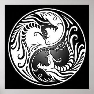Yin Yang Drachen, Weiß und Schwarzes Poster