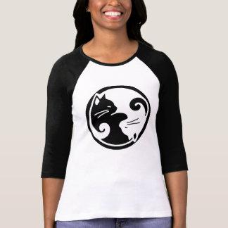 Yin Yang Katzenraglan-Hülsen-T-Stück T-Shirt