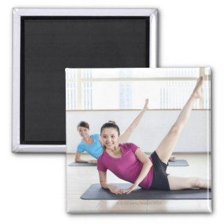 Yoga 8 quadratischer magnet