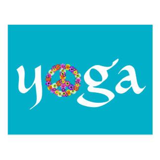 Yoga-Friedenszeichen mit Blumen Postkarte