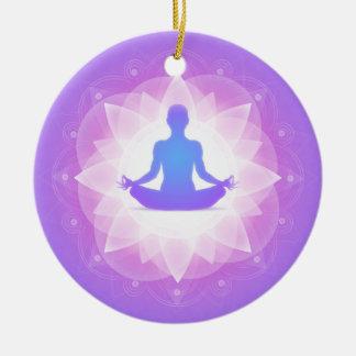 Yoga-Harmonie-lila Blumenkunst-Illustration Keramik Ornament