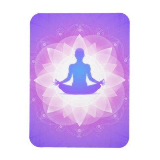 Yoga-Harmonie-lila Blumenkunst-Illustration Magnet